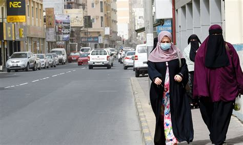 Bahrain to close shopping malls, restaurants for two weeks ...