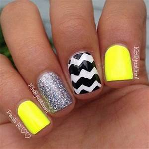 15 Most Glamorous & Popular Nail Art stuckathomemom