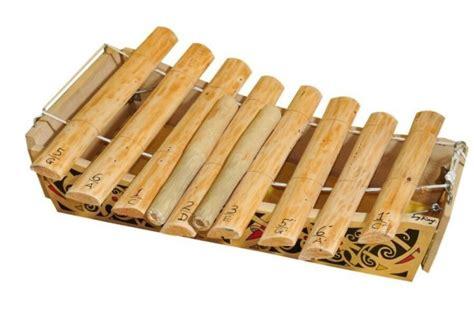 Sekarang gamelan sudah sangat digemari oleh berbagai musisi. 47 Alat Musik Tradisional Indonesia Beserta Asal dan Penjelasannya