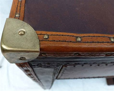 bureau en cuir bureau cuir madebymed fauteuil restauration