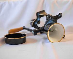 Antieke gietijzeren hand koffiemolen van Spong en Co Ltd ...