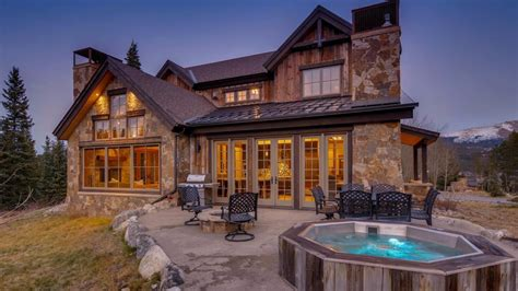 Chasing luxury vacation rentals   Vrbo