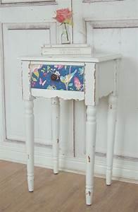 Beistelltisch Weiß Vintage : beistelltisch wei antique shabby chic tisch pip vogel ~ A.2002-acura-tl-radio.info Haus und Dekorationen
