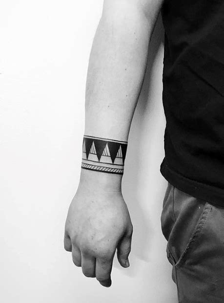 50 Small Geometric Tattoos For Men - Manly Shape Ink Ideas
