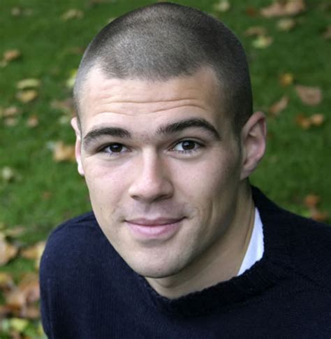 buzz cut 15 best buzz cut hairstyles how to get the