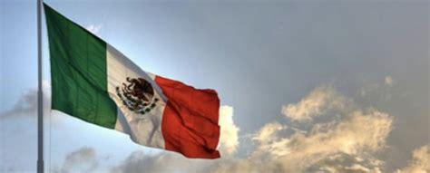 Historia de las banderas de méxico - Historia