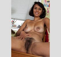 Hairy Muslim Nude Pics