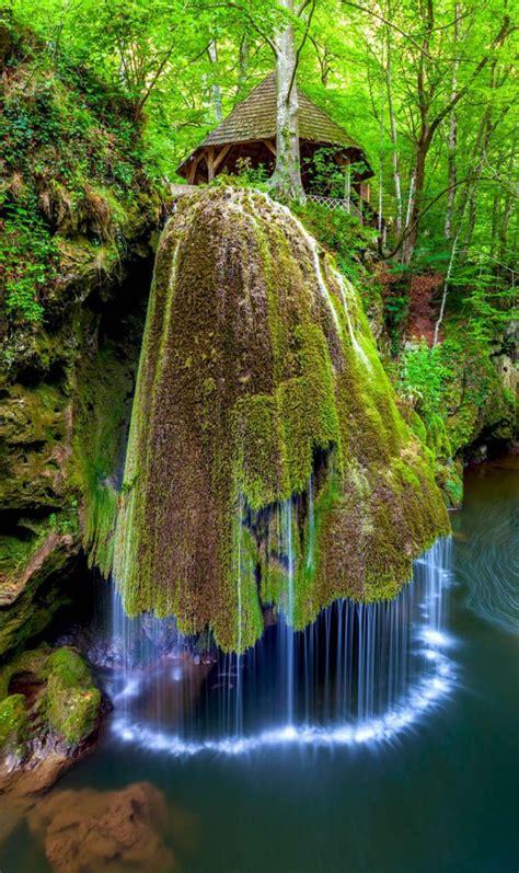 fotos mostram  mais fascinantes cachoeiras  mundo