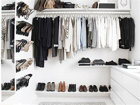 Walk In Closet Ideas On A Budget by A Walk In Closet On A Budget