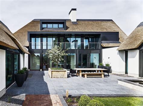 Rieten Huis by Landelijk Modern Huis Villabouw Hoog Design