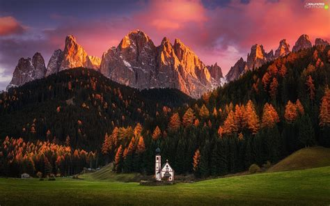 Massif Odle Forest Great Sunsets Val Di Funes Valley
