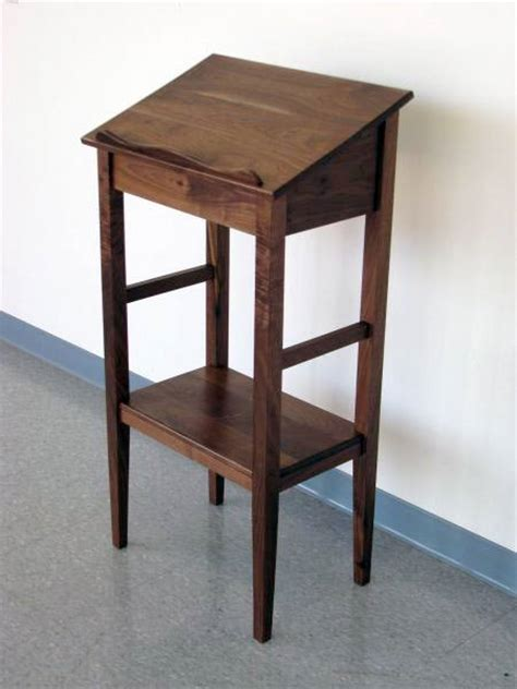 Walnut Dictionary Stand   Full Circle School of Woodworking