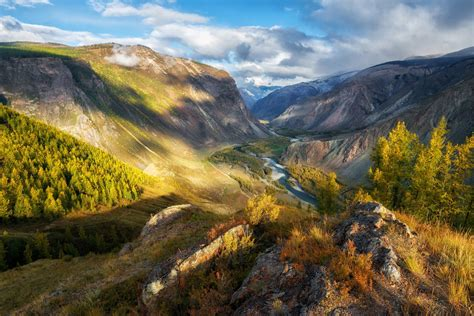 Amazing Natural Beauty Of The Altai Mountains · Russia