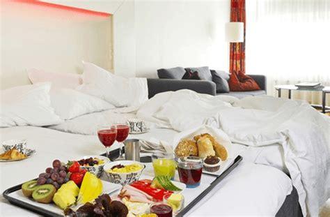 casino si鑒e social dormire gratis in hotel sì ma se hai tanti amici sui social