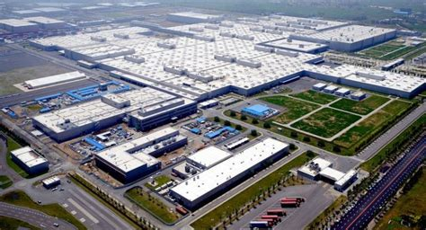 Bmw South Africa Plant by Bmw To Extend Production Halts In Germany To China The