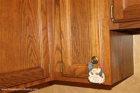 material for kitchen cabinet best 25 cleaning wood cabinets ideas on 7398