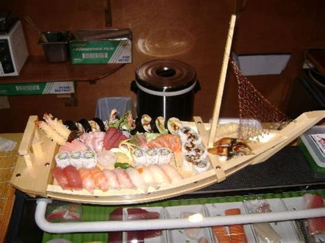 Boat Sushi by Sushi Boat Picture Of China S Cuisine Sushi