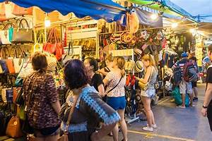 Chatuchak Market: The famous weekend market in Bangkok!