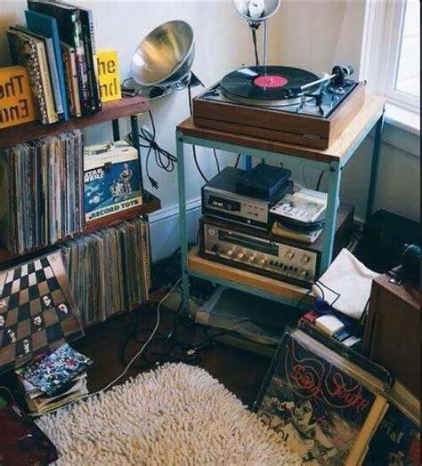 record player  bedroom  shelves  tumblr grunge
