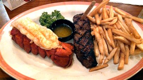 File:Sizzler, steak and lobster.jpg - Wikimedia Commons