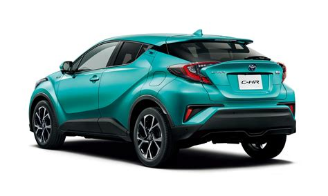 Toyota shīeichiāru) is a subcompact crossover suv produced by toyota. Toyota C-HR Arrives At Dealers In Japan | Carscoops