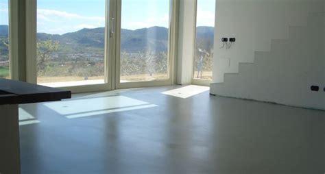 pavimenti  resina pavimento da esterno
