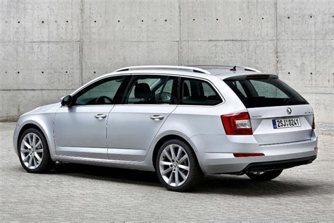 Skoda Octavia Estate Revealed Carbuyer