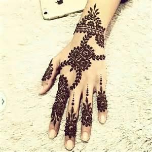 25+ Best Ideas about Arabic Henna on Pinterest | Arabic ...
