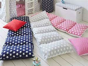 Pillow beds without pillows shop playpens for Choosing pillows for bed