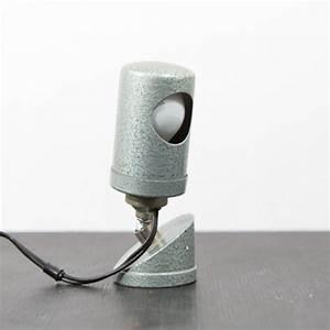 Lampe D Atelier Led : ancienne lampe d 39 atelier articul e ~ Edinachiropracticcenter.com Idées de Décoration