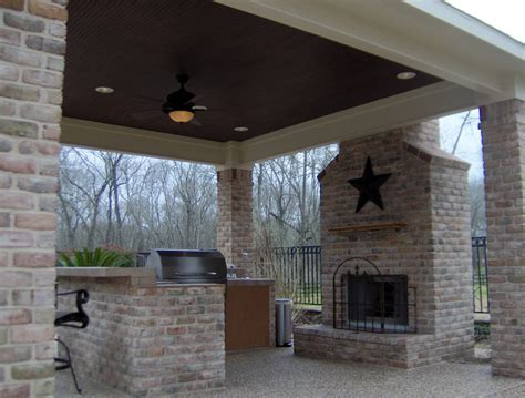 Outdoor Kitchens With Roof And Fireplaces Creative Vintage