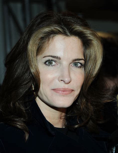 Stephanie Seymour Applies For Alcohol Rehab Program