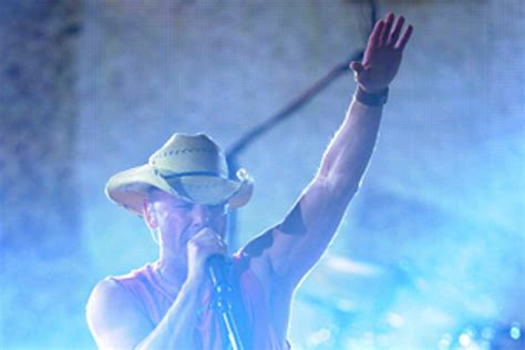 kenny chesney without hat country stars without their hats kenny chesney