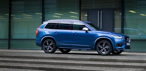 volvo xc  design shows  aggressive design