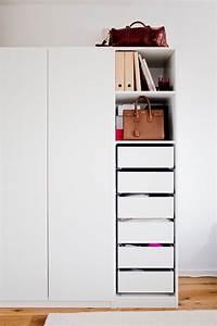 Ikea Pax Montageanleitung : berlin living 2 my ikea pax organisation how to organize your wardrobe ~ Watch28wear.com Haus und Dekorationen