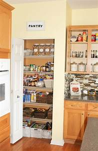 3 steps to an organized pantry at home with zan