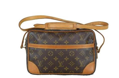 louis vuitton trocadero monogram pockets sticky brown
