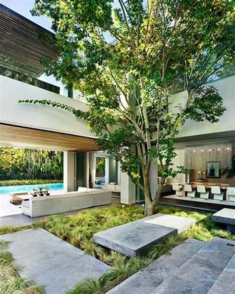 indoor courtyard house
