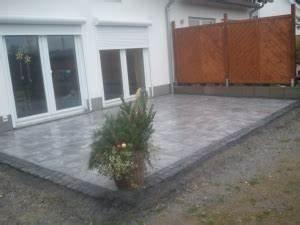 Naturstein Terrasse Kosten : terrassenbau in neuss naturstein terrasse ~ Orissabook.com Haus und Dekorationen