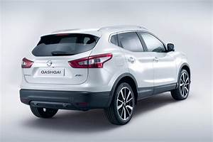 2013 Nissan Qashqai – pictures, information and specs
