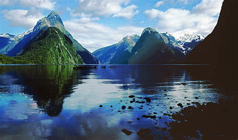 22 Things To Do In New Zealand Milford Sound New