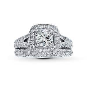 jared jewelry engagement rings fall in with these engagement rings from jared the galleria of jewelry onewed