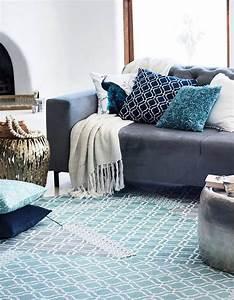 les 25 meilleures idees concernant canape shabby chic sur With tapis persan avec canapé tissu romantique