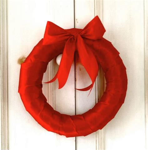 simple red ribbon wreath allfreechristmascraftscom