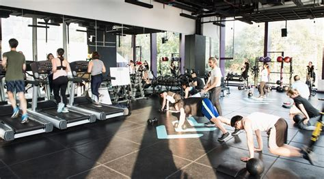 gym fitness shaming body things crowded responds backlash sparking angry sign never working should henn muscle getty via