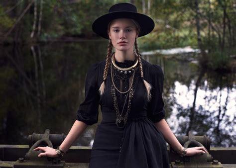 true grit inspired cowgirl fashion alternative fashion