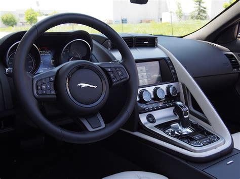 review  jaguar  type  convertible canadian auto