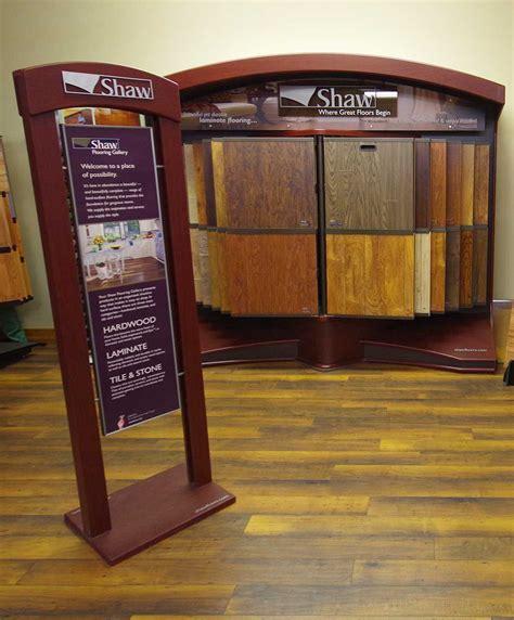 shaw flooring displays shaw hardwood flooring shaw hardwood american restoration reclaimed hardwood flooring