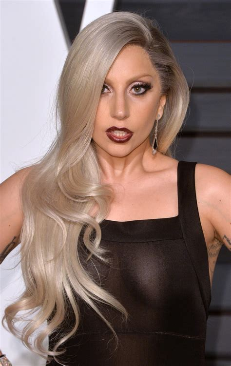 Lady Gaga At The Academy Awards, 2015  Lady Gaga's Most Iconic Beauty Looks