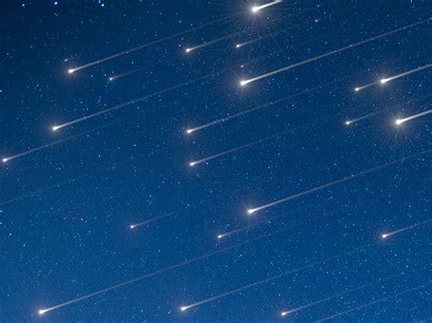 Zwischen 19 und 22 uhr sind am nachthimmel besonders viele sternschnuppen zu sehen,. Großer Sternschnuppen-Regen im Dezember: Alle Infos zu den ...